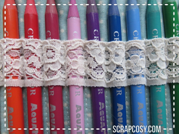 03082015 - close up middle lace